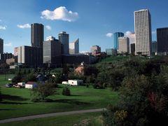 Edmonton by <b>sejko</b> ( a Panoramio image )