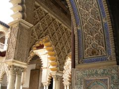 Alcazar - Decorations by <b>Eric Medvet</b> ( a Panoramio image )