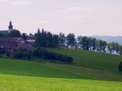Dolni Hedec-klaster (Grulich) by <b>certikbertik</b> ( a Panoramio image )
