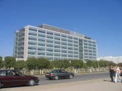 Tengizchevroil Headquarters (2004) by <b>malik.suenov</b> ( a Panoramio image )