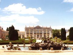 Palacio de Queluz by <b>celso m. andrade</b> ( a Panoramio image )