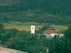 Iglesia a pocos Km de Ojo de Agua by <b>johnsatriani</b> ( a Panoramio image )