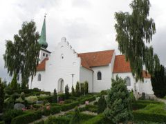 Skanderup Church by <b>Benny Alminde</b> ( a Panoramio image )