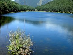 Lago de Engolasters by <b>Luis Domingo</b> ( a Panoramio image )