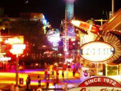 Universal Studios Florida / Olympus C5000 2004 by <b>dallas1959</b> ( a Panoramio image )