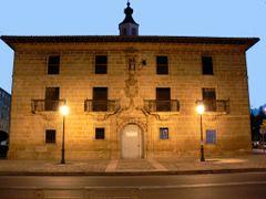 FUENMAYOR (Alto Ebro). La Rioja. 2006. 03. Palacio renacentista  by <b>Carlos Sieiro del Nido</b> ( a Panoramio image )