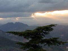 Ocaso-8. San Marino. by <b>Valentin Enrique</b> ( a Panoramio image )