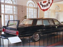 Ronald Reagan Presidential Limousine, Henry Ford Museum, Dearbor by <b>John Goodall</b> ( a Panoramio image )