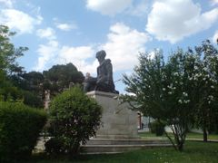 Statue of Mimar Sinan by <b>Look_to_Discover</b> ( a Panoramio image )