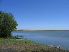 Вид на озеро by <b>tranzit2001</b> ( a Panoramio image )