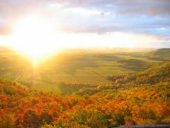 Champlain Lookout by <b>JC</b> ( a Panoramio image )