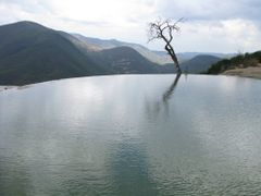 Hierve el agua, Oaxaca, Mexico  http://goplanettravel.blogspot.c by <b>samuelmartindelrio</b> ( a Panoramio image )
