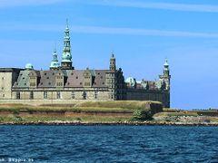 Kronborg by <b>H. C. Steensen</b> ( a Panoramio image )