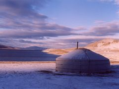 White lac le matin - Mongolia by <b>esPasseParla</b> ( a Panoramio image )