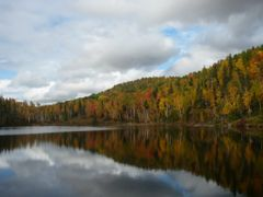 Lac des peres by <b>Denis Janelle</b> ( a Panoramio image )