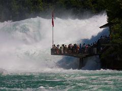 Wasserwand: Rheinfall von Schaffhausen by <b>Thomas Splietker</b> ( a Panoramio image )
