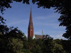 Kirche St.Gertrud by <b>RenniHH</b> ( a Panoramio image )
