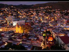 Panoramica de Guanajuato, Gto. - Guanajuato city panoramic view by <b>J.Ernesto Ortiz Razo</b> ( a Panoramio image )