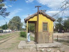 Antigua garita donde estaba el cuidador del tren. (Foto de Frank by <b>Frank Boore</b> ( a Panoramio image )