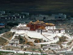 Lhasa / Potalapalast by <b>Burgener  Norbert</b> ( a Panoramio image )