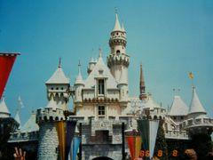 ?Sleeping Beauty Castle 1986? by <b>?AXL?BACH?</b> ( a Panoramio image )