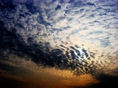 Clouds reticulations by <b>Neim Sejfuli ?</b> ( a Panoramio image )
