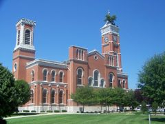 Decatur County Courthouse in Greensburg, Indiana by <b>Dopey4</b> ( a Panoramio image )
