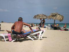 Santa Maria del Mar, Playas del Este, Ciudad de La Habana, Cuba by <b>Hans Sterkendries</b> ( a Panoramio image )