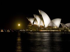 Opera House, Sydney,Australia by <b>rosina lamberti</b> ( a Panoramio image )