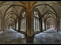 Dom cloister by <b>tmj2007</b> ( a Panoramio image )