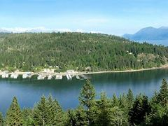 View of Garfield Bay and marina from Midas Drive. by <b>samsilverhawk</b> ( a Panoramio image )