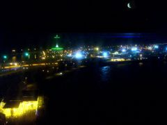 night view of the bahraini - saudi-arabian border island  by <b>michael habla</b> ( a Panoramio image )
