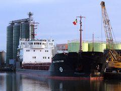 Dundalk port-3 by <b>Bestia</b> ( a Panoramio image )