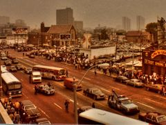 Looking east on Michigan Av.2 hours before Game 5 of the 1984 Wo by <b>wallymc</b> ( a Panoramio image )