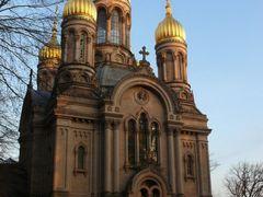 Russisch-Orthodoxe Kirche (Wiesbaden Neroberg) by <b>K.Herr</b> ( a Panoramio image )