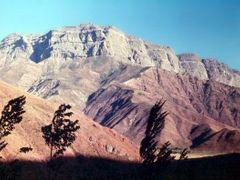скалы на левом берегу Обихингоу by <b>Sergey Bulanov</b> ( a Panoramio image )