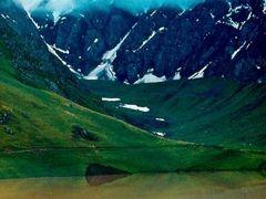озеро Кызылкуль by <b>Sergey Bulanov</b> ( a Panoramio image )