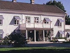 Lansmansgarden (Hotell) by <b>jonas.edberg@gmail.com</b> ( a Panoramio image )