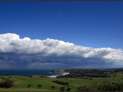 Mount Pleasant, looking south over Gerringong, NSW by <b>Michael Thompson</b> ( a Panoramio image )