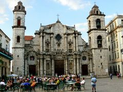 Catedral de La Habana  by <b>Joan Felip</b> ( a Panoramio image )