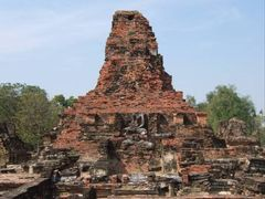 The the remains of Sukhothai  by <b>Kenichi Iwase</b> ( a Panoramio image )