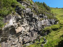Climbing by <b>Saerdna</b> ( a Panoramio image )