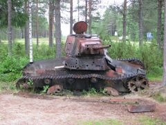 Damaged t-26 by <b>Jaanoz</b> ( a Panoramio image )
