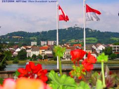 AUT Linz Obere Donaulaende [Donau] by KWOT by <b>KWO Tsoumenis</b> ( a Panoramio image )