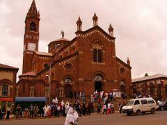 katholische Kathendrale Asmara by <b>AnJo Schuch</b> ( a Panoramio image )
