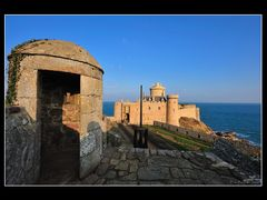 Fort La latte by <b>ERic Pouhier ericpouhier.com</b> ( a Panoramio image )