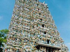 Meenakshi Temple, Madurai by <b>Manoo G</b> ( a Panoramio image )