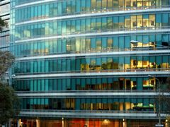 18 Marcus Clarke street  - Architects: Woods Bagot by <b>Paul Strasser</b> ( a Panoramio image )