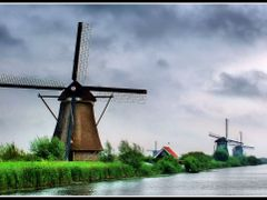 Kinderdijk by <b>© Marcello Paoli</b> ( a Panoramio image )
