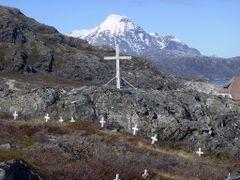 Sudgronland: Ivittuut by <b>Hilke Maunder</b> ( a Panoramio image )